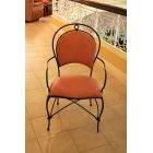 의자 136