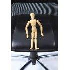 관절인형과 의자 42