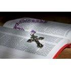 묵주와 성경책 97