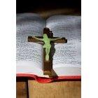 성경책과 십자가 20